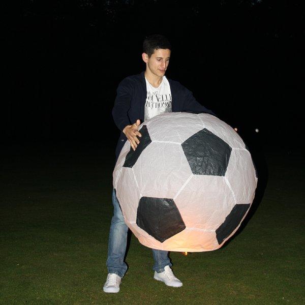 китайский небесный фонарик футбольный мяч