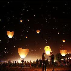 Китайские небесные фонарики Сердце