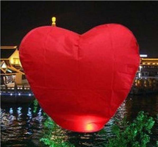 Китайский небесный фонарик Сердце